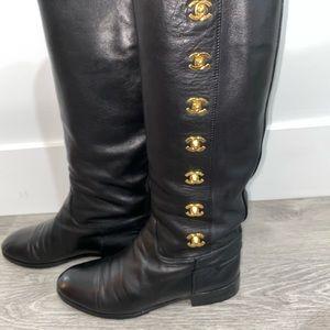 🎉 Chanel turn lock CC Boots